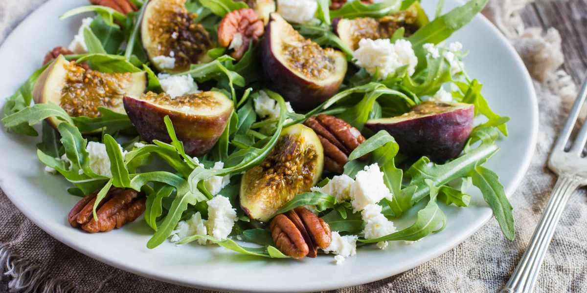 Baby Arugula Salad with Figs and Pecans